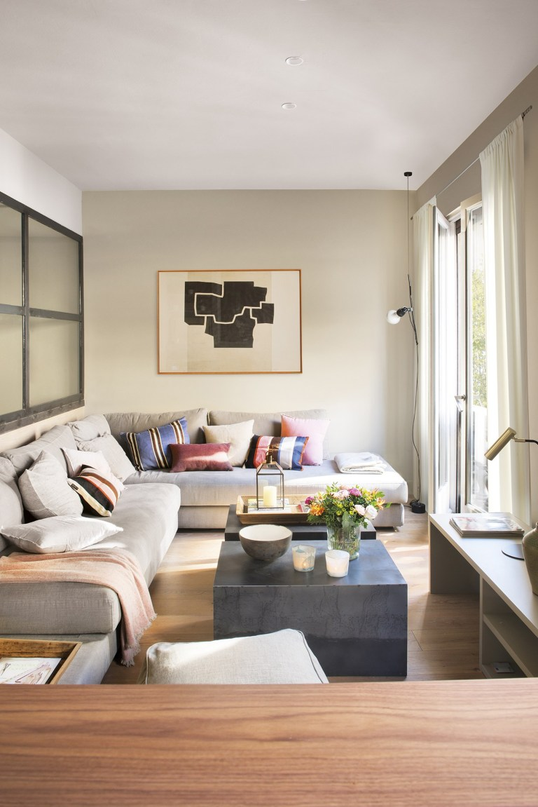 How To Decorate A Narrow Living Room The Homeenvy Members Club
