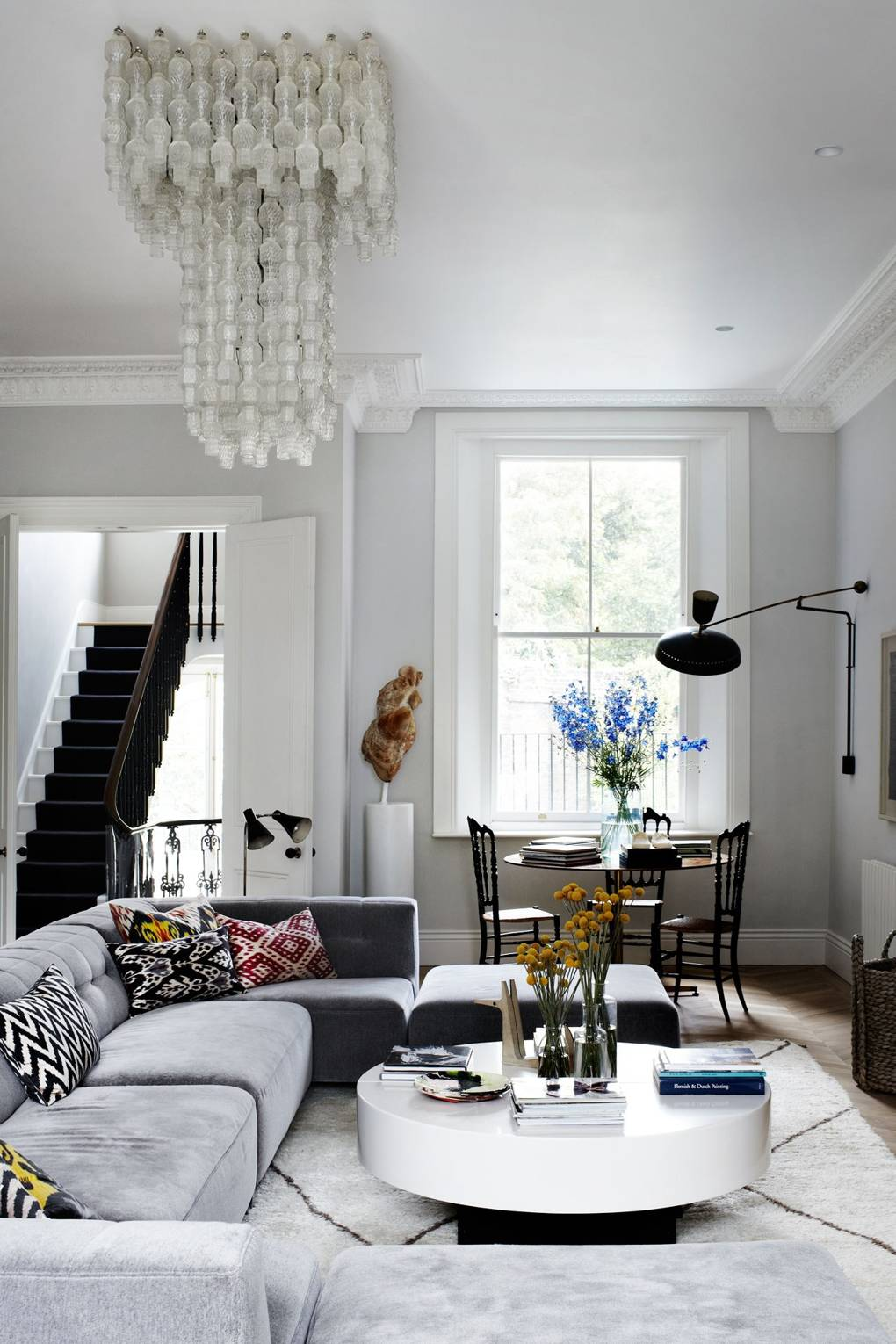 8 Simple Ways To Successfully Mix Decor Styles
